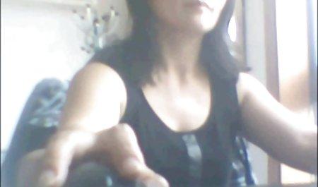 性犯罪者的文件的家庭主妇的超短裙撤回的照片